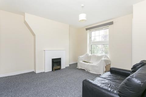 3 bedroom flat to rent - Pott Street, Bethnal Green, E2