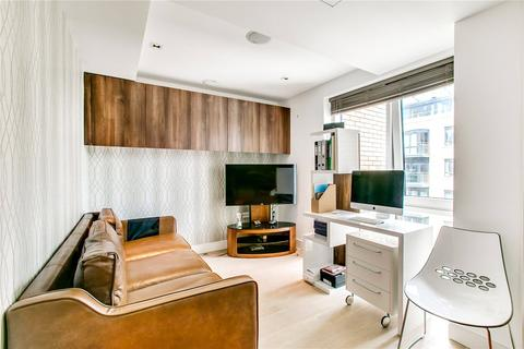 3 bedroom flat for sale - Kew Bridge Road, Brentford, Middlesex