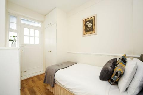 3 bedroom house share to rent - 26 Cumberland Court, Marble Arch
