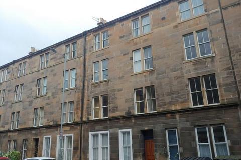 3 bedroom flat to rent - Montague Street, Newington, Edinburgh, EH8