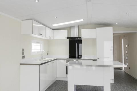 2 bedroom detached house for sale - Darenth Wood Road, Dartford