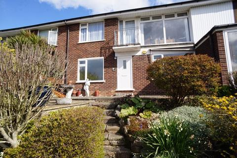 2 bedroom apartment to rent - New Road, Leigh-On-Sea