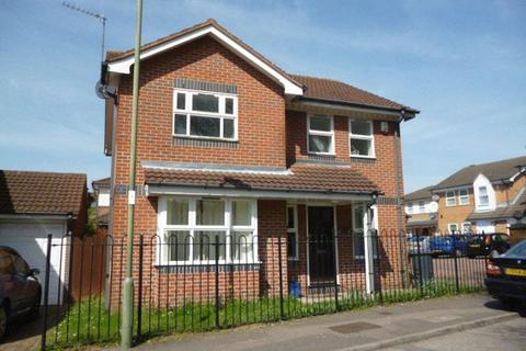 4 bedroom detached house to rent - MODERN 4 BED DETACHED FAMILY HOME TO RENT - EDGWARE HA8
