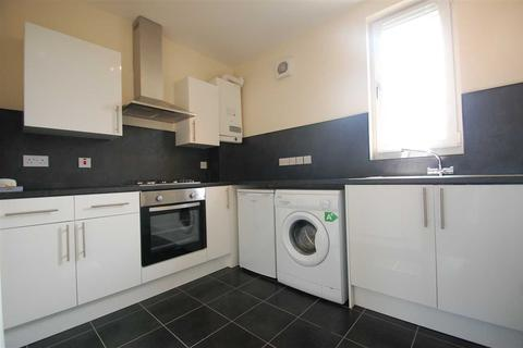 2 bedroom apartment to rent - Chapel Street, Cleland