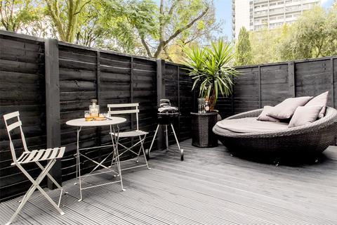 3 bedroom flat to rent - Bourne Terrace, London
