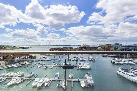 3 bedroom flat for sale - Sundowner, Channel Way, Southampton, SO14 3JB