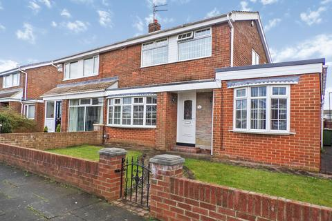 4 bedroom semi-detached house for sale - Chester Way, Fellgate, Jarrow, Tyne and Wear, NE32 4TJ