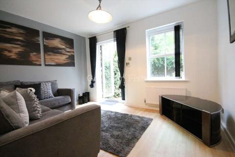 4 bedroom terraced house to rent - Peregrine Street, Hulme