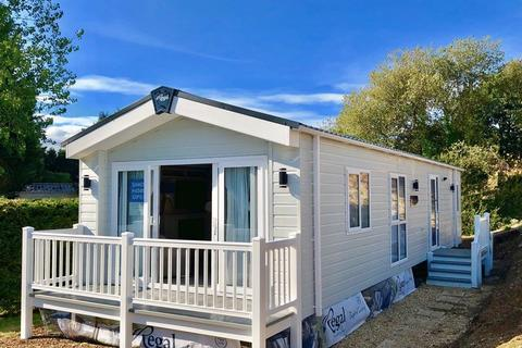 2 bedroom park home for sale - Rookley Country Park, Main Road, Rookley, Ventnor, PO38 3LU