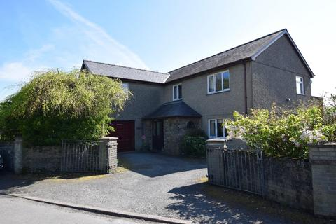 4 bedroom house for sale - Penrhyndeudraeth