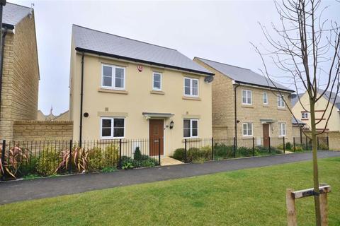 4 bedroom detached house to rent - Buccaneer Avenue, Gloucester