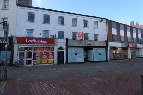 Residential development to rent - 31 Market Place, Retford, Nottinghamshire, DN22 6DW