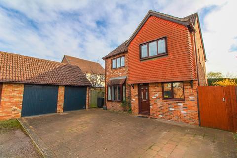 4 bedroom detached house for sale - Torrington Close, Potton, Sandy, SG19