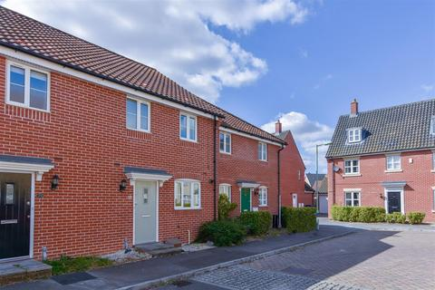 3 bedroom terraced house to rent - Privet Way, Red Lodge, IP28 8GQ