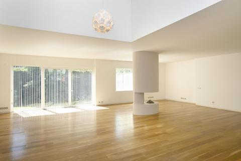 5 bedroom detached house to rent - Frognal Close, Hampstead NW3