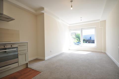 Studio to rent - Medway Wharf Road Tonbridge TN9