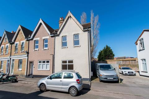 2 bedroom end of terrace house for sale - Westcroft Road, Wallington