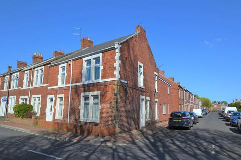 3 bedroom ground floor flat for sale - South Parade, Bill Quay, Gateshead