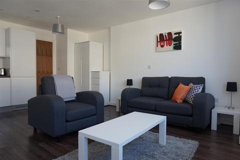 Studio to rent - The Strand, Liverpool