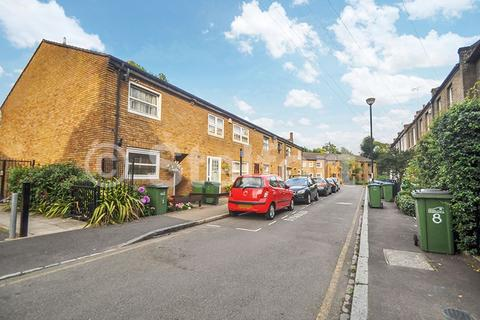 4 bedroom terraced house to rent - Burgos Grove, London, SE10