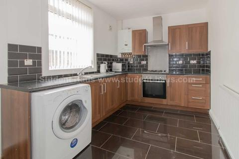 4 bedroom house to rent - Seedley View Road, Salford
