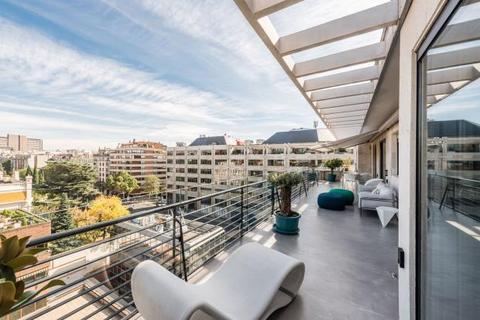 4 bedroom apartment - Maria de Molina, El VIso, Madrid
