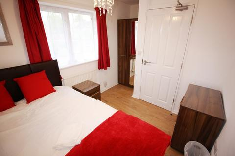 1 bedroom in a house share to rent - Buckthorn Avenue, Stevenage