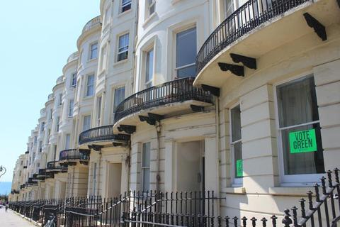 Studio to rent - Brunswick Place, Hove, East Sussex, BN3 1ND