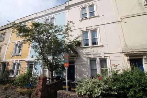 1 bedroom flat to rent - Roslyn Road, Redland, BS6