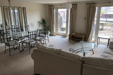 3 bedroom apartment to rent - Royal Arch , Wharfside St , Birmingham B1