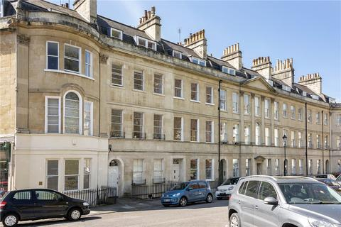 4 bedroom terraced house to rent - St. James's Square, Bath, Somerset, BA1