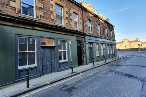3 bedroom flat - Shandon Place, Shandon, Edinburgh, EH11 1QL
