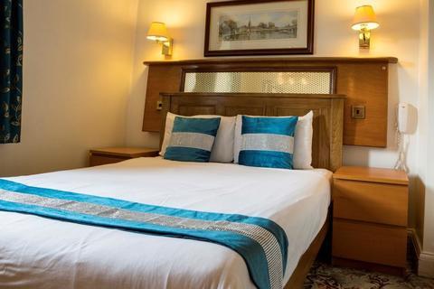 1 bedroom apartment to rent - Sussex Gardens, London