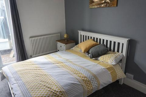 1 bedroom in a house share to rent - Room 2