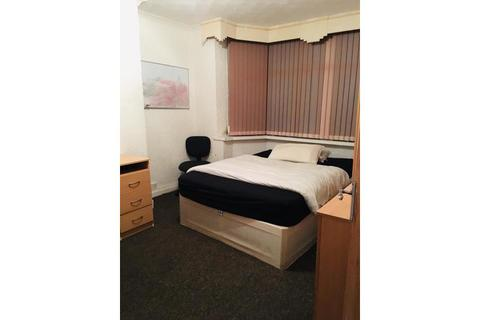 3 bedroom house share to rent - Cherington Road, Selly Oak, Birmingham
