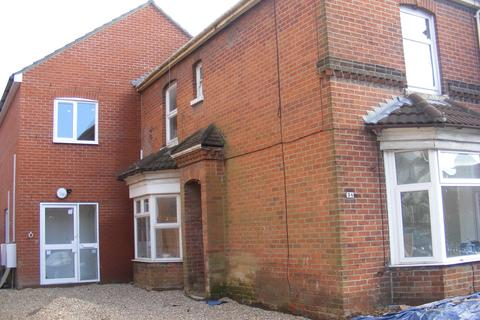 2 bedroom house to rent - Bullar Road, Bitterne Park, Southampton, SO18