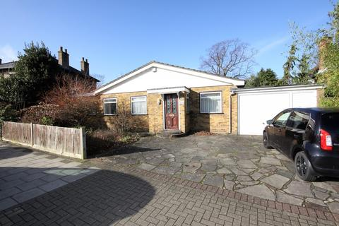 3 bedroom detached bungalow for sale - Gravel Road, Bromley