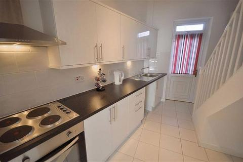 2 bedroom terraced house to rent - Newchurch Street, Rochdale