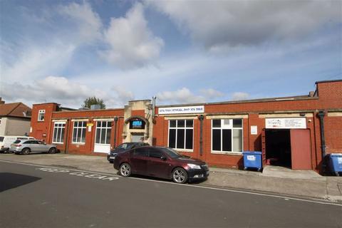 Property to rent - Broad Road, Kingswood, Bristol