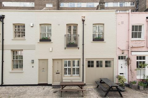 2 bedroom terraced house to rent - Bathurst Mews, Hyde Park, London, W2