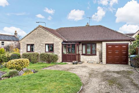 3 bedroom detached bungalow for sale - Beacon View, Warminster