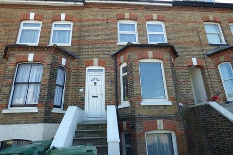 2 bedroom maisonette to rent - Coolinge Road, Folkestone