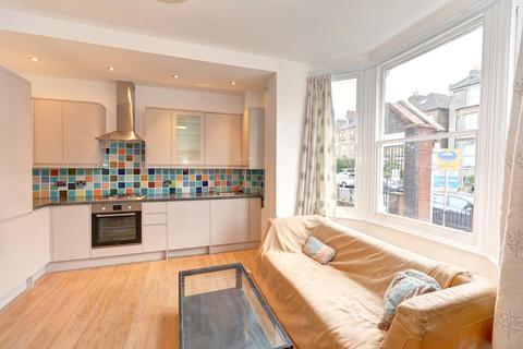 1 bedroom flat to rent - Tollington Park, Stroud Green,  London N4