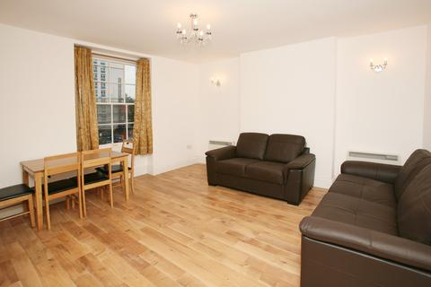 3 bedroom flat to rent - Stroudley Walk, Bow, London
