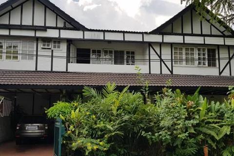 House - Taman Desa, Kuala Lumpur
