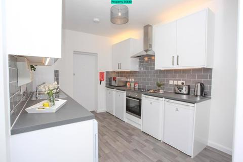 1 bedroom house share to rent - Chiltern Rise, Luton, LU1 5HF
