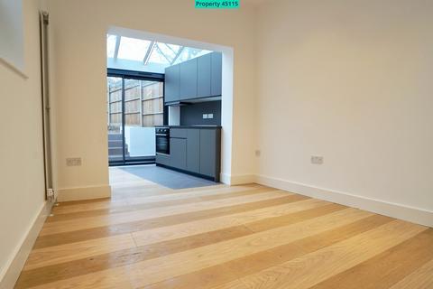 1 bedroom ground floor flat to rent - Ridge Road, London, N8 9LG