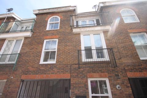 3 bedroom townhouse to rent - Elgin Mews North, Maida Vale, London
