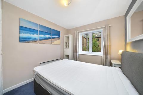 1 bedroom flat to rent - Brunswick Quay, London SE16