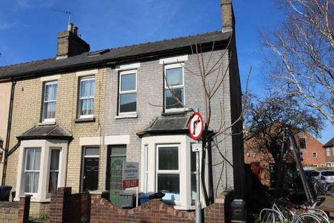 6 bedroom house share to rent - Mill Road, ,